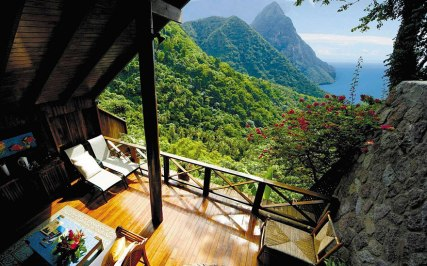 rooms-with-amazing-view-2__880 (1)